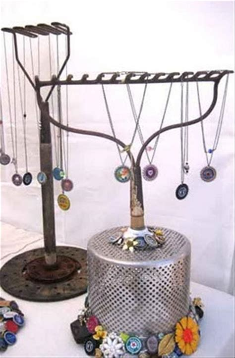 how to make jewelry displays simple do it yourself craft ideas 52 pics