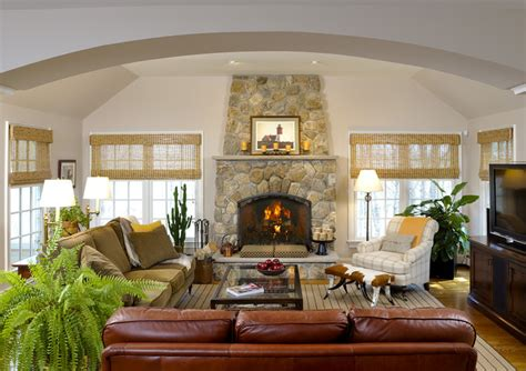 Inviting Living Room Colors by Inviting Family Room Living Room New