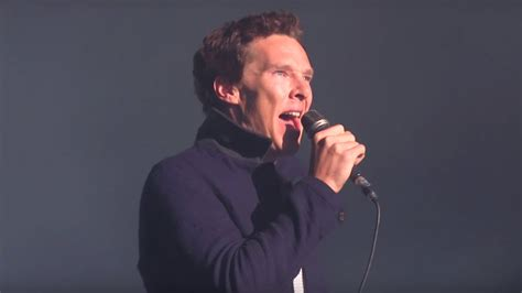 who sings comfortably numb see benedict cumberbatch sing pink floyd s quot comfortably