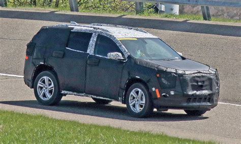 chevy terrain gm to debut redesigned chevy traverse gmc terrain at