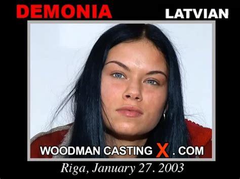 set demonia woodmancastingx