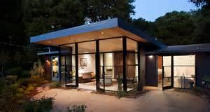 Cantilever Roof Overhang Design Menlo Oaks 2 House An