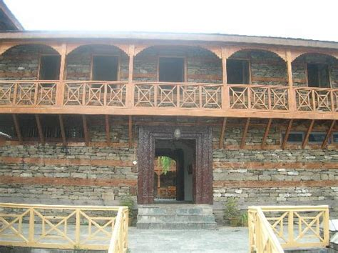 courtyard  restaurant picture  hotel castle naggar