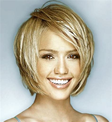 heirstyles for women over 40 with oblong shaped face short hairstyles for oval faces