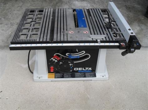 delta shopmaster table saw 905657 delta shopmaster ts200ls table saw espotted