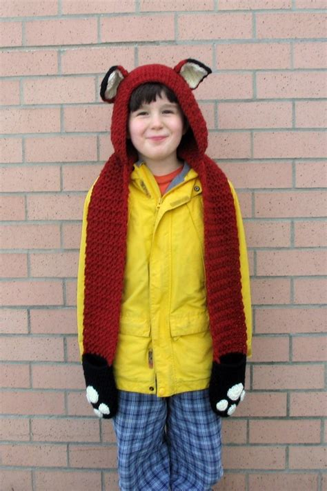 bernat dress with kangaroo pockets and scarf knit pattern fox scoodie with pockets in lion brand wool ease l20631