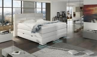 bett mit bettkasten 180x200 weiß funvit kleines schlafzimmer in weiss