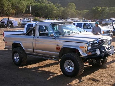 jeep gladiator 1975 1975 jeep j10 information and photos momentcar