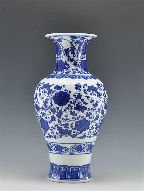 decorated blue and white ceramic porcelain jardiniere