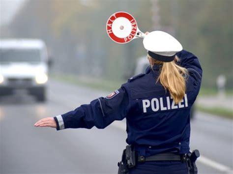 Bewerbung Polizei Trotz Vorstrafe karriere bei der polizei alles zur polizeiausbildung