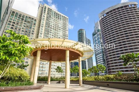 three bedroom condos for sale 3 bedroom condo for sale at eight forbestown road bgc taguig