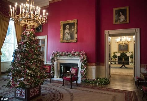 when do christmas decorations go up in washington dc trolls administration for hanging mistletoe daily mail