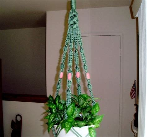 Free Macrame Plant Hanger Patterns - 1000 images about diy macrame designs on