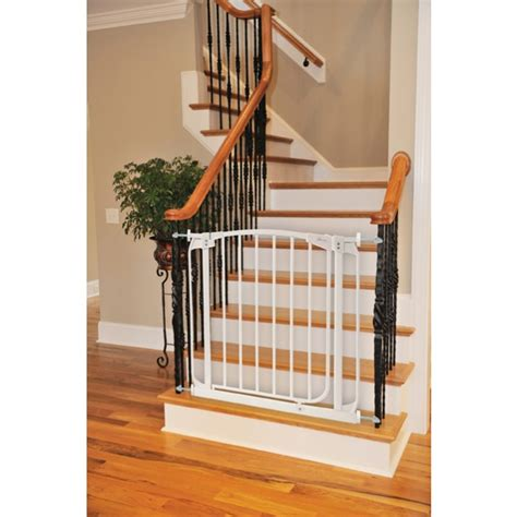 banister gate adapter dreambaby 174 bannister gate adaptor