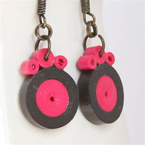 Paper Quilling Earrings - tutorial for paper quilled circle earrings honey s quilling