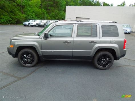 gray jeep patriot mineral gray metallic 2012 jeep patriot altitude exterior