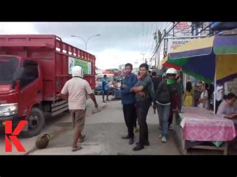 Tabung Vi Gas Truk Tabung Gas Pertamina Terbalik Di Jalan Yos