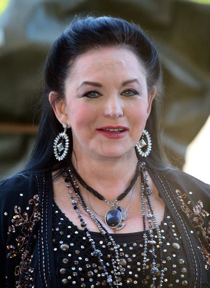 crystal gayle now crystal gayle quotes quotesgram