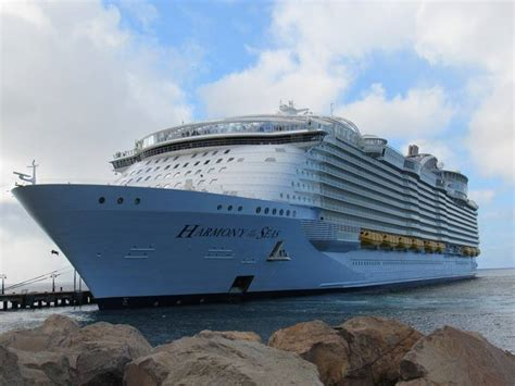 largest ship in the world an historic arrival world s largest cruise ship visits