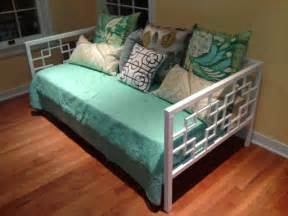 Daybeds Diy White Daybed Diy Projects