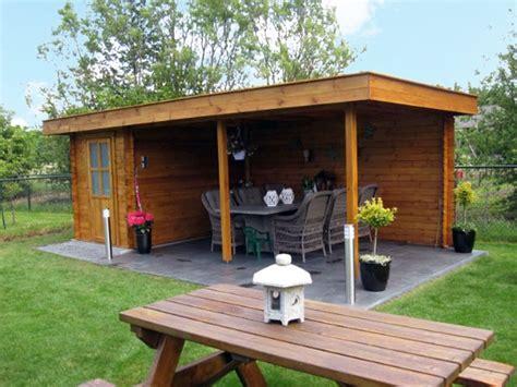 ideeen voor tuinhuis dak plat dak tuinhuis met luifel product in beeld