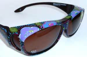 artist deanna martinez creates hand painted sunglasses