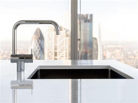 rubinetti vola miscelatore da cucina da piano monoforo con bocca girevole