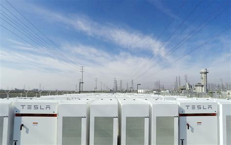 Of Tesla Battery Rows Of Tesla Batteries Will Keep Southern California S