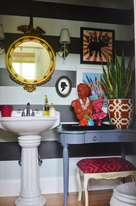 love  bathroom      quirky details