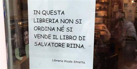librerie catania catania la libreria vicolo stretto si rifiuta di vendere
