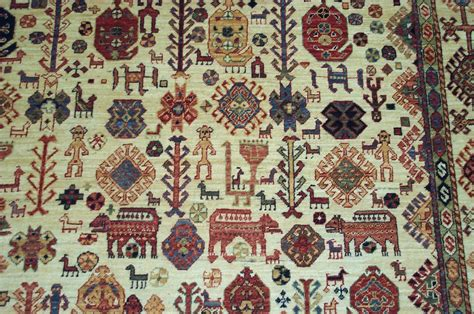 The Persian Rug Is The Soul Of The Room And Tells A Story Rugs Meaning