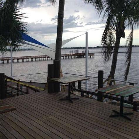 boat house stuart fl stuart boathouse stuart restaurant reviews phone number photos tripadvisor