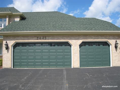 Raynor Garage Doors Dixon Il by Factory Direct Garage Doors Carriage Garage Doors Lowes