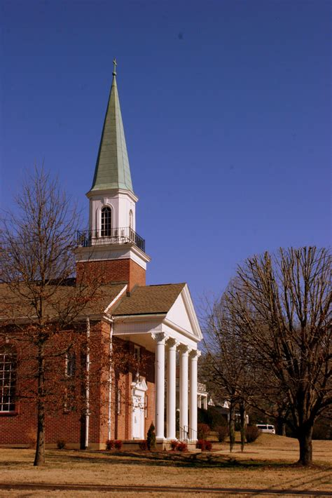 beautiful tennessee churches
