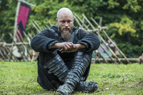ragnar lodbrok sons season 3 hair vikings quot to the gates quot 3x08 promotional picture