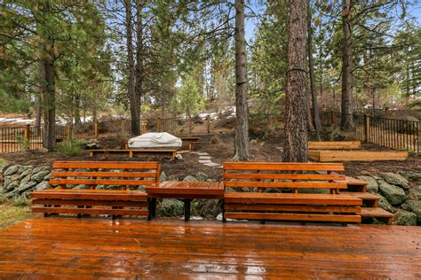 Bend Oregon Cabins For Sale by Sold Bend Oregon Meadowbrook House Mcglone