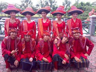Baju Adat Suku Batak Karo just juice kebudayaan khas suku batak karo