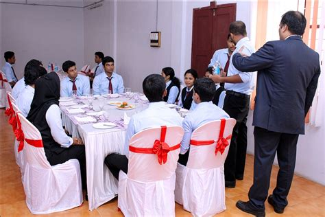 Certifications For Mba Students by Programme On Dining Etiquette For Iii Semester