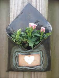 ceramic wall planter with customizable area