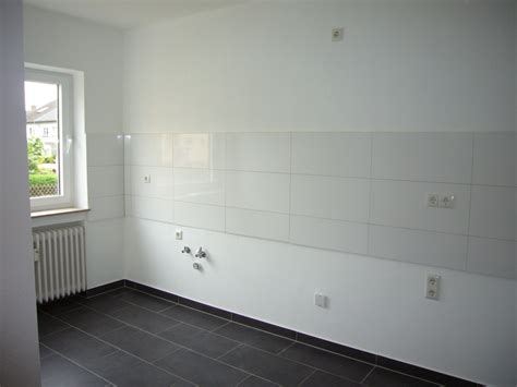 Wohnung Zur Miete Suchen by K 252 Che Mit Fenster Jhw Immobilien