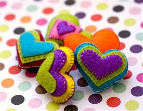 Handmade Felt - handmade felt hearts by nandiamond on deviantart