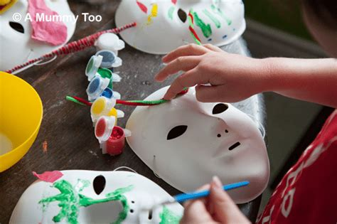 How To Decorate A Mask by Mask Decorating A Easy Craft Activity For A
