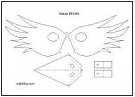 printable raven mask frog feet pattern use the printable outline for crafts