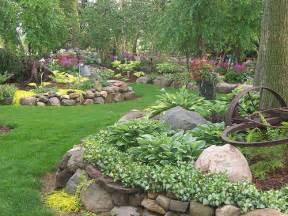 Backyard rock garden ideas photograph rock garden design b