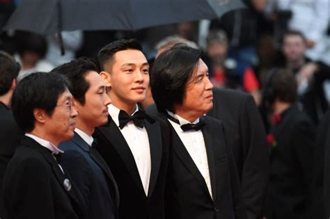 yoo ah in red carpet yoo ah in walks red carpet in cannes