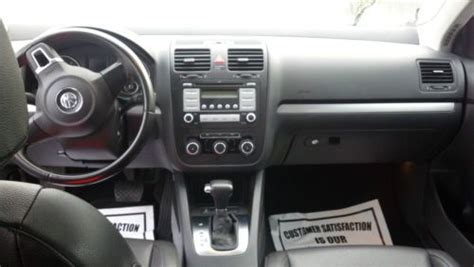 tire pressure monitoring 2010 volkswagen jetta electronic throttle control sell used 2010 volkswagen jetta pzev limited edition 19k miles 15272 in taunton massachusetts