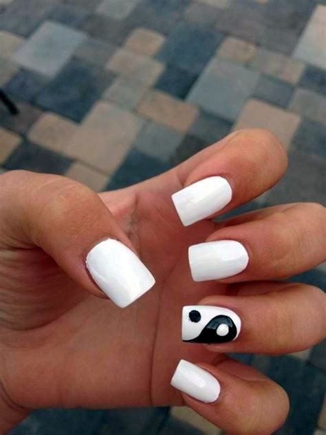 Slowly Transition Your Black Nails Into by Best 25 Easy Nail Designs Ideas On