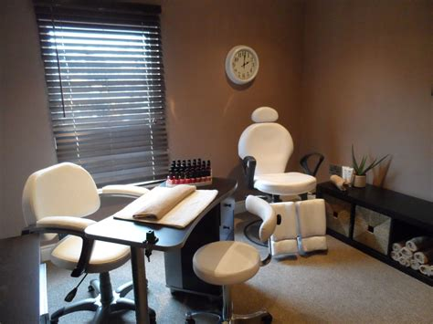 nail room nail room home nail salon nail salon decor