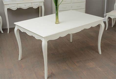 renover une table en bois 4622 table en bois galb 233 e pour un style romantique meuble amadeus