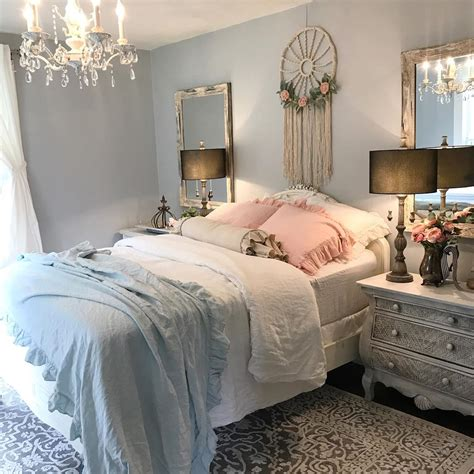 Ym Shaby my daughters shabby chic bedroom hallstrom home